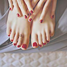 Piedì più belli? Certo che sì! Bastano pochissimi accorgimenti e qualche trucchetto interessante: scoprite i prodotti e la beauty routine del piedi di Clio!
