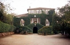 Portugal, Manor Houses, Abandoned Places, Portuguese, Dream Homes, Palace, Buildings, Interiors, Mansions