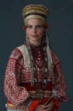 Russian folk costume of Voronezhskaya oblast'. Русский народный костюм в работах Дмитрия Давыдова