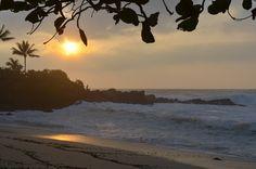 Romantic Beach in Oahu Hawaii Wedding, Destination Wedding, Wedding Venues, Got Married, Getting Married, Oahu Beaches, Romantic Beach, Sunset, Places
