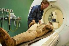 BBC News - Scans bring new insights into lives of Egyptian mummies