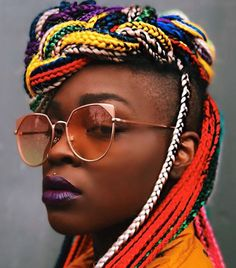close up shot of woman with colourful box braids with shaved sides close up shot of woman with colourful box braids with shaved sides # short Braids with undercut Try On Hairstyles, Braided Hairstyles For Black Women, Box Braids Hairstyles, Trending Hairstyles, Blonde Box Braids, Short Box Braids, Braids For Black Hair, Edgy Hair, Short Hair