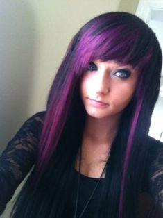 purple hair color ideas for dark hair Emo purple hair dye-lila Haarfarbe Ideen für dunkles Haar Dyed Hair Purple, Hair Color Purple, Dye My Hair, Pastel Hair, Lilac Hair, Green Hair, Blue Hair, Emo Hair Color, Hair Color Streaks