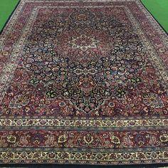 Catawiki Online-Auktionshaus: 440 x 312 cm, persischer Palastmashad Antik Iranian Art, City Photo, Bohemian Rug, Rugs, People, Decor, Persian Carpet, Auction, Antiquities