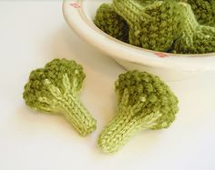 Steamed Broccoli Florets by Sara Elizabeth Kellner   For people who would rather knit than cook!