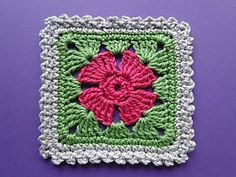 Frill-edged Crochet Flower Square tutorial by Claire from Crochet Leaf.