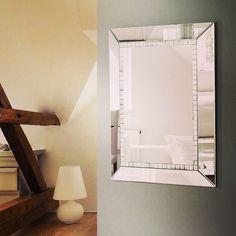 Dekorativt speil modell Cubos. #speil #glass #interior #interiør #interiormirame #hus #hjem #design #nettbutikk