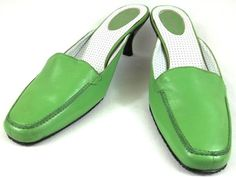 BCBG Shoes Womens Size US 7 B EUR 37 Green Leather Mules Heels #BCBG #Mules