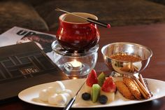 No sundae is complete without toppings! At @Mandy Dewey Seasons Hotel Hangzhou at West Lake, your toppings make a stop at the fondue pot before landing on your ice cream. Click through to find this and other #IceCreamLove recipes on #FSTaste.
