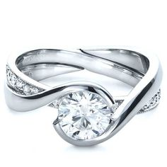 Interlocking engagement ring and wedding band  ....or maybe this should go in Fantasy