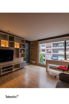 Consejos para decorar tu hogar: Una buena iluminación te permitirá potenciar las características más importantes de tus ambientes: oficinas, salas, dormitorios, bibliotecas o cualquier otro espacio.  #Diseñodeinteriores #Decoración #Todeschini #ambientes #mueblesamedida #arquitectura