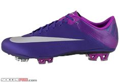 Nike Mercurial Vapor Superfly III - Court Purple with Magenta and Metallic Purple $359.99