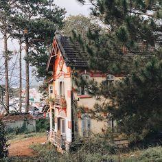 """Đi đâu xa làm gì, khi ngay Việt Nam đã có những """"thiên đường"""" đẹp như mơ thế này rồi! - Ảnh 21. Vietnam, Cabin, House Styles, Discovery, Space, Home Decor, Floor Space, Decoration Home, Room Decor"""