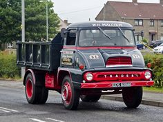 1964 Thames Trader, beautifully restored by WH Malcolm of Brookfield seen leaving Cumnock for New Cumnock on the 2010 Ayrshire Road Run Old Dodge Trucks, Old Pickup Trucks, Volvo Trucks, Chevrolet Trucks, Big Trucks, 1957 Chevrolet, Chevrolet Impala, Lifted Trucks, Antique Trucks
