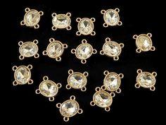 CCPD9 Conector color dorado con cristal, medida 1.5 cm, precio por paquete de 25 piezas $65, precio por paquete de 50 piezas $99, precio por paquete de 100 piezas $180 pesos