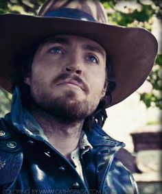 Athos played by Tom Burke in The Musketeers. Coloring by me.