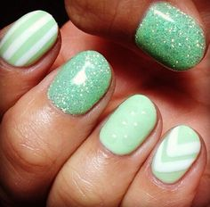 Very pretty mint green white sparkle and pattern Gel Nails.  #gelnails springnails