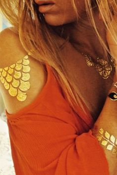 tatouages éphémères dorés : golden tatoo