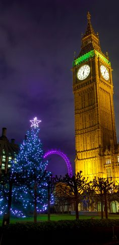Christmas Tree and Big Ben in London, England     |    25 Impressive photos of Christmas celebrations around the World. #17 Is Awesome!