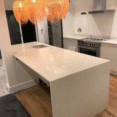 Bianco Nevoso - Thornton Heath, Croydon - Rock and Co Granite Ltd Thornton Heath, Range Cooker, Croydon, Breakfast Bars, White Quartz, Open Plan Kitchen, Granite, Space, Modern