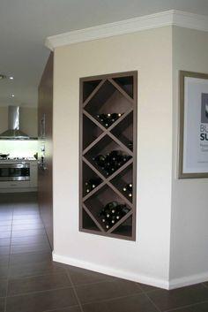 Wine racks in wood eingebauutes wall shelf