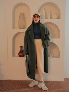 Fashion Tips Jeans Modern Hijab Fashion, Ulzzang Fashion, Look Fashion, Winter Fashion, Fashion Outfits, Fashion Design, Muslim Fashion, Fashion Ideas, Fashion Tips