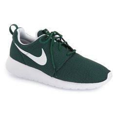 Nike 'Roshe Run' Sneaker (8235 RSD) ❤ liked on Polyvore featuring men's fashion, men's shoes and men's sneakers