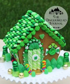 gingerbread house St. Patrick's Day www.gingerbreadjournal.com; free tutorial, patterns, and recipe