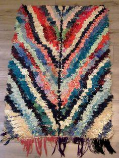 Moroccan rug boucherouite boucharouette 143 x 96 par espritdorient
