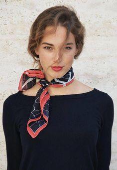 Summer classic accessories - stylish silk scarf - Page 25 of 48 - zzzzllee Scarf Summer classic accessories - stylish silk scarf - Page 25 of 42 - zzzzllee Spring Fashion, Autumn Fashion, Style Parisienne, Paris Mode, Summer Scarves, Scarf Summer, How To Wear Scarves, Mode Outfits, Parisian Style