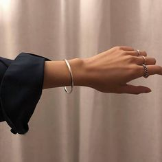 Aesthetic Grunge, Aesthetic Vintage, Aesthetic Anime, Beige Aesthetic, Pretty Hands, Beautiful Hands, Cute Jewelry, Jewelry Accessories, Hippie Jewelry