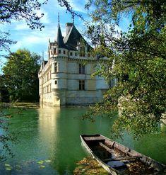 Azay le Rideau © tango7174 - licence [CC BY-SA 3.0] from Wikimedia Commons