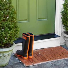 If you have left-over scraps from a wood flooring install, try making this smart-looking doormat, designed for a covered porch. | Photo: Ryan Benyi | thisoldhouse.com