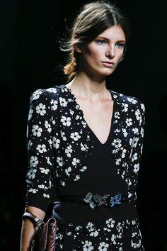 Bottega Veneta , Défilé Printemps-été 2013 - Vogue.fr