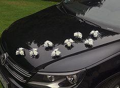 Bouquet voiture des mariés ventouse Décorez les voitures de votre cortège grâce à ces jolis bouquets fixés sur ventouse :