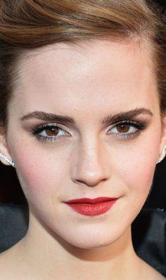 Emma Watson. Gorgeous makeup!