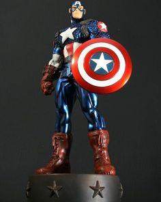Bowen Marvel Ultimates Captain America Metallic Variant Statue