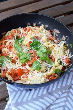 Bon Appetit, Healthy Life, Cabbage, Food And Drink, Vegetarian, Yummy Food, Healthy Recipes, Baking, Vegetables