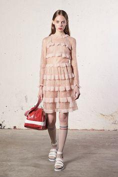 Sfilate RED Valentino - Pre-collezioni Primavera Estate 2018 - Collezione - Vanity Fair