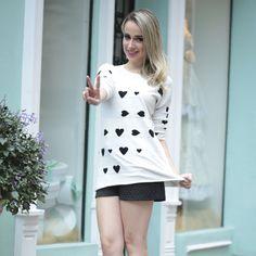 Look do dia: Tricot Corações e shorts #fashion #lookdodia #moda #falardemoda