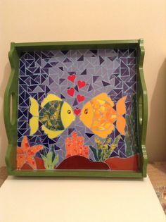 Bandeja de peces en mosaico