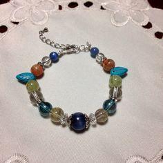 アクセサリー:たまたま、家にあったストーンで作った、数珠ブレス♡