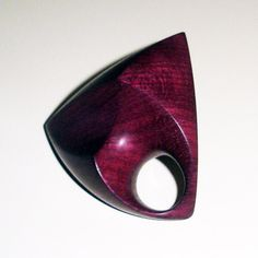 Yolande Duchateau - 2012 - ring in purpleheart wood