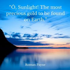 Ô Sunlight! The most precious gold to be found on Earth. Sunset Lover, I Am The One, Office Art, Nature Pictures, Travel Quotes, Iceland, Sunrise, Earth, Sunlight