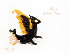 Romi,Goldwing dragon. OOAK fantasy sculpture by rosepeonie at ilFioredOro, on Etsy. Handmade in Italy! Custom orders accepted :)