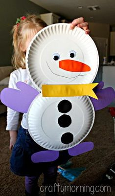Cute paper plate snowman craft for kids by colleen