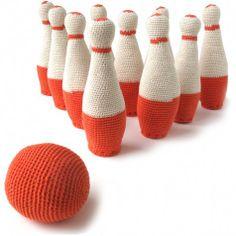 hand-knit bowling set!!