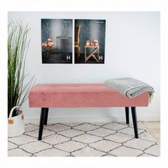 Flot rosa bænk  #bænk #rosabænk #pigeværelse #teenager #teenbedroom #teenagegirlbedrooms #interior #interiordesign #interiør #interiørdesign #interiørbutikken #indretning #boligindretning