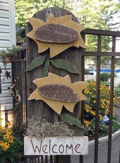 Primitive wreath, Fall Primitive door hanger, Barn wood, Primitive Sunflower, FAAP, OFG team, Primitive fall , Country plaque