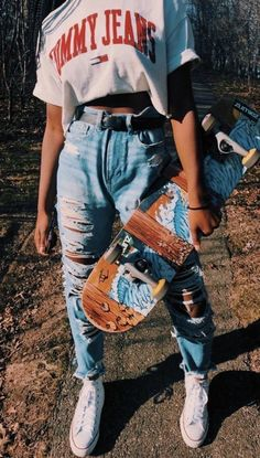 Casual School Outfits, Cute Comfy Outfits, Teen Fashion Outfits, Retro Outfits, Outfits For Teens, Stylish Outfits, Cool Girl Outfits, Tomboy Fashion, Jugend Mode Outfits